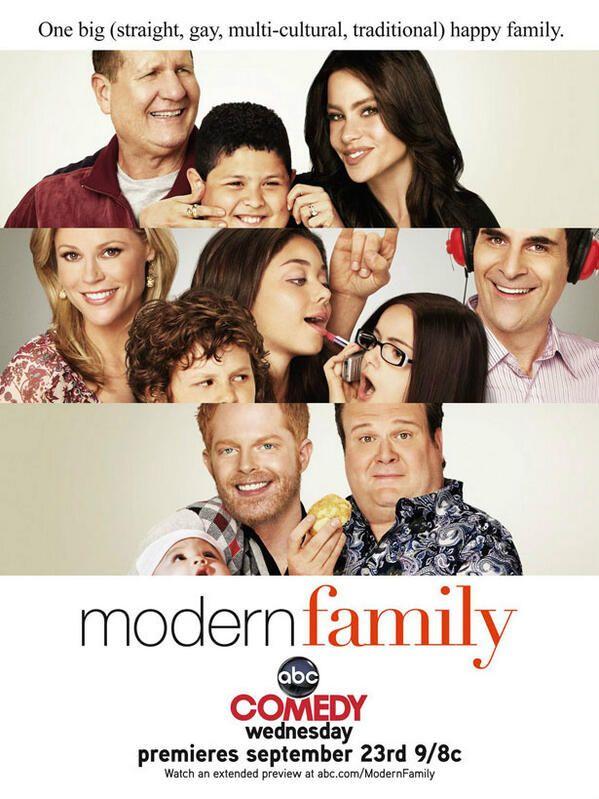 Modern Family Via Iaq Graphic Design Family Tv Series Modern Family Family Tv
