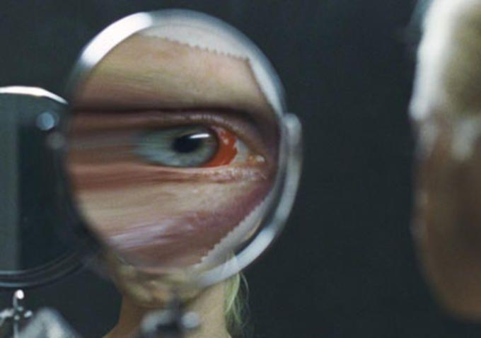 Ich seh ich seh (2014) ile ilgili görsel sonucu