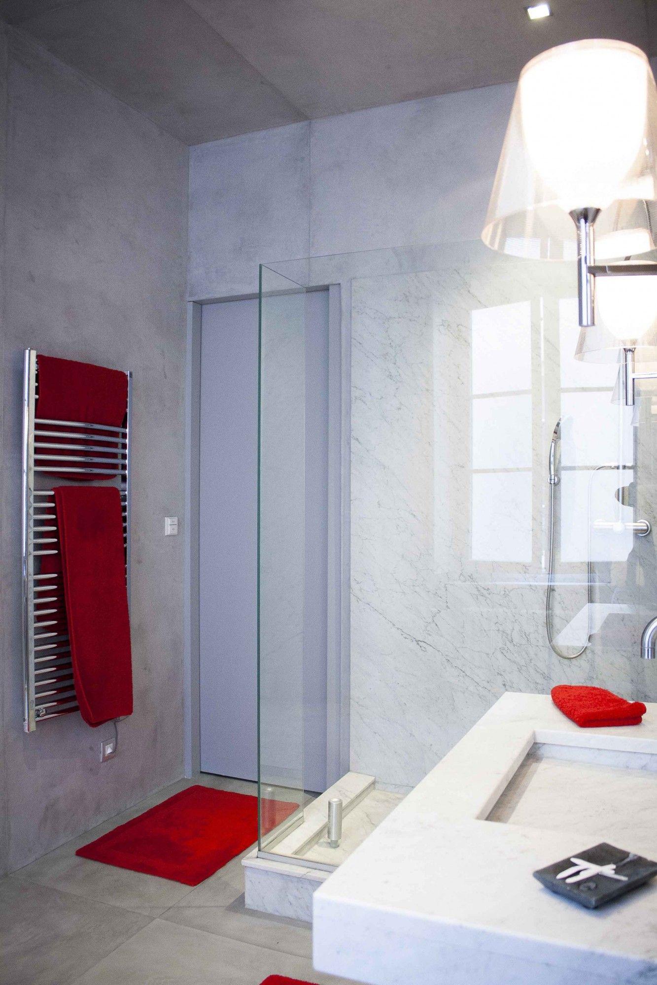 Salle de bain moderne, avec cabine de douche | Rehabilitation d\'un ...