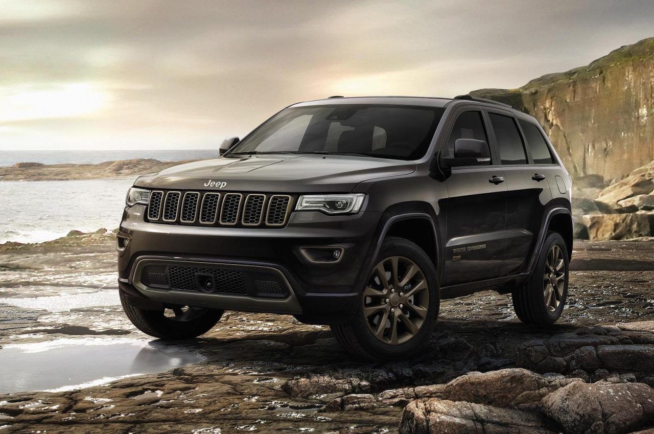 2017 Jeep Grand Cherokee Gets New Shifter Electric Steering Stop