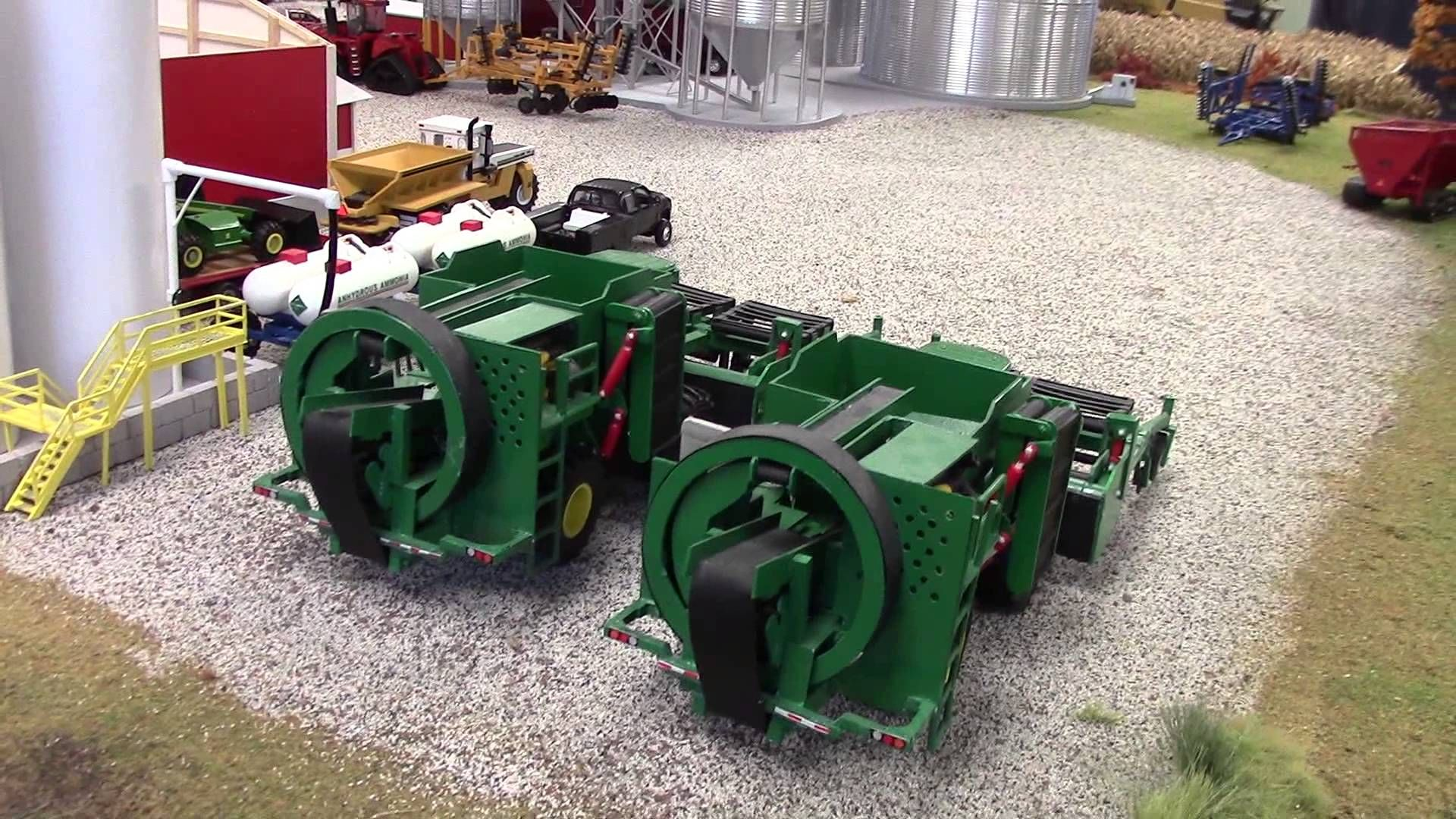 1 64 scale farm toys 1 64 scale model 1 pinterest for 1 64 farm layouts