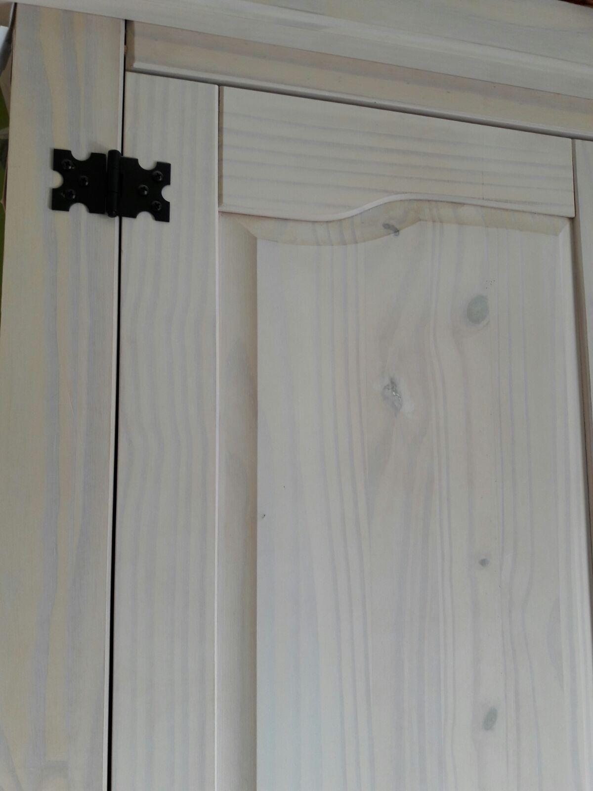 Todos Nuestros Muebles Los Podemos Acabar En Nuestro Famoso Blanco  # Muebles Famosos