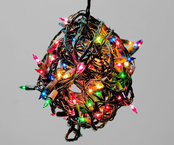 How to put up christmas lights 7 essential tips and looks
