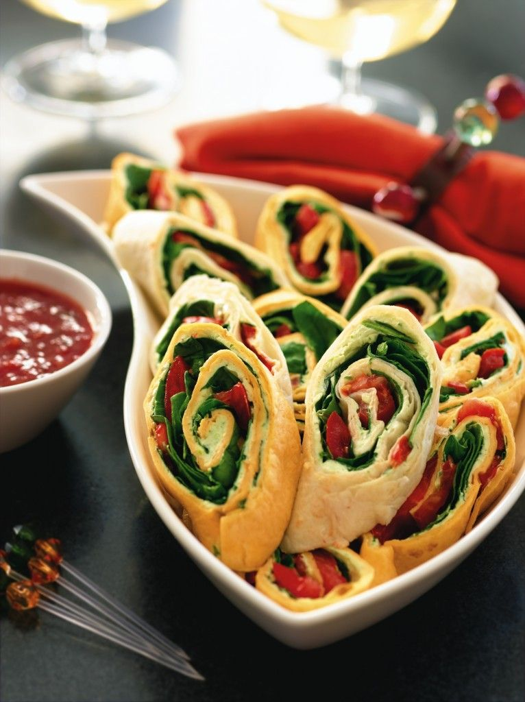 Party pinwheels academy awards party pinterest food recipes pretty party pinwheels an easy appetizer recipe that will wow any crowd these roll ups are simple to make and so delicious forumfinder Images