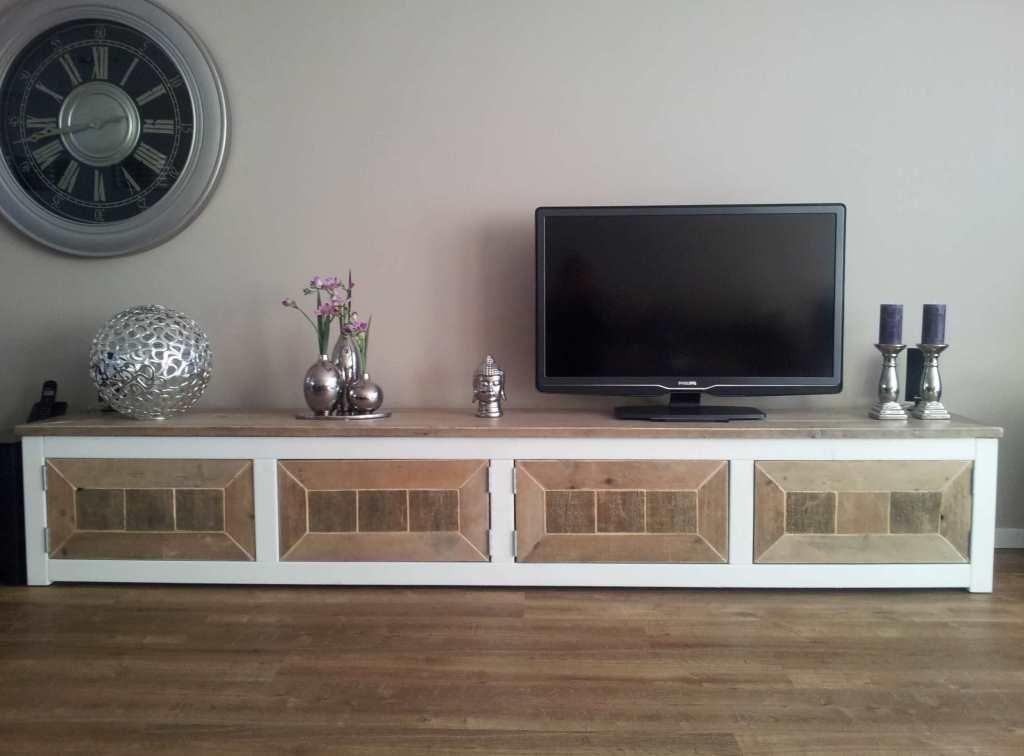 Steigerhout TV-meubel Ilaria - Steigerhout Furniture Unieke - tv im badezimmer