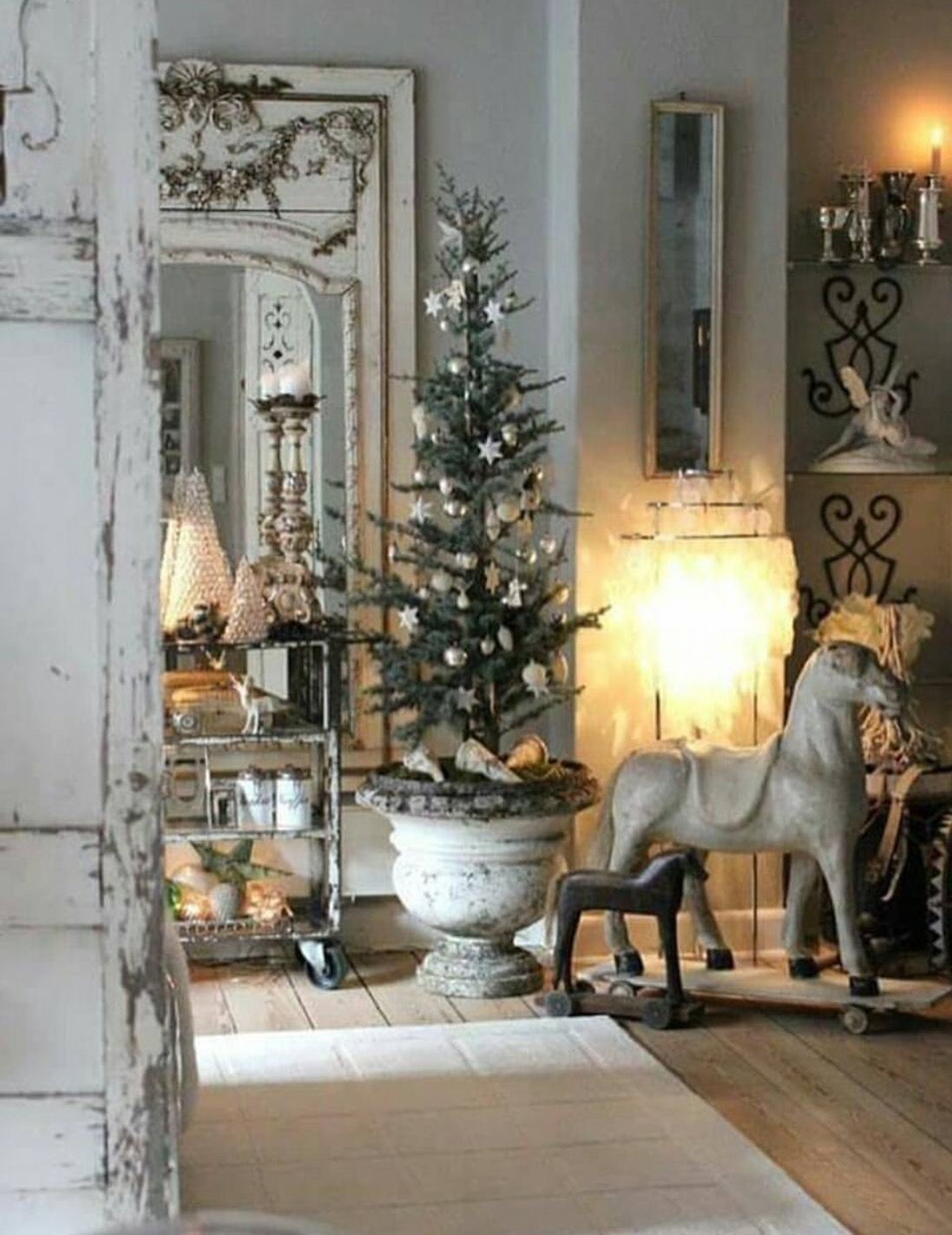 53 Stunning Christmas Décoration Ideas With Shades Of Grey Style About Ruth