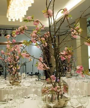 WEDDING TABLE CENTREPIECE CHERRY BLOSSOM JOB LOT AVAILABLE SHABBY CHIC