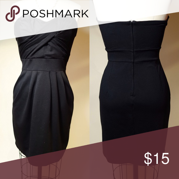 Black Mini-Dress Well fitting but comfortable and stretchy black mini dress. Perfect for going out and very flattering on a curvy body! H&M Dresses Mini