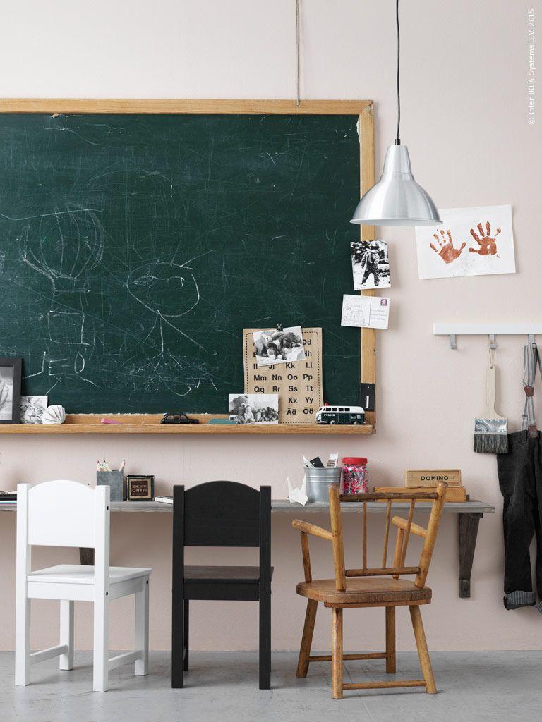 Fixa en enkel pysselbänk till barnrummet med EKBY HEMNES hyllplan ...