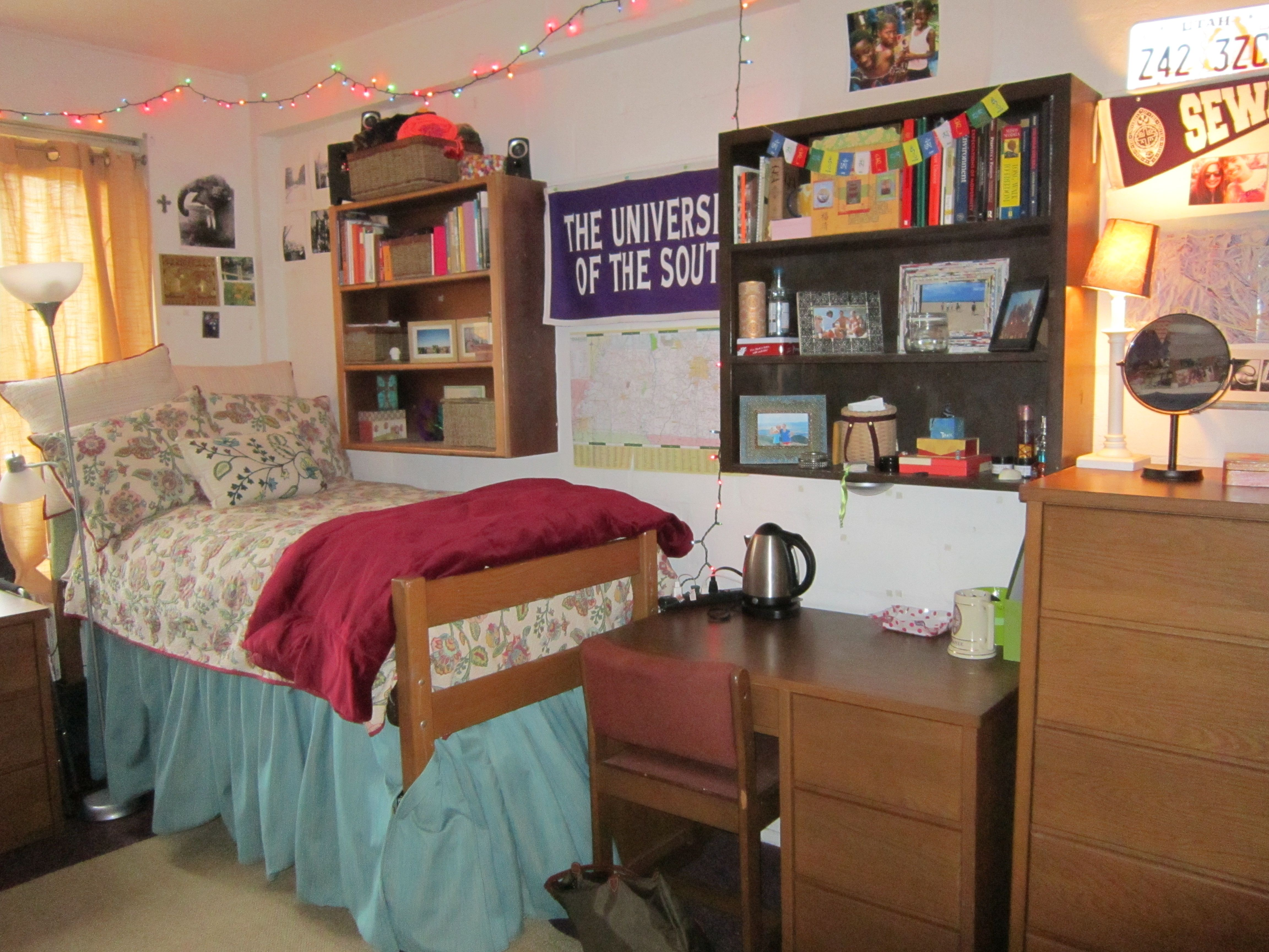 Art Décor: Gorgas Hall Dorm Room At The University Of The South