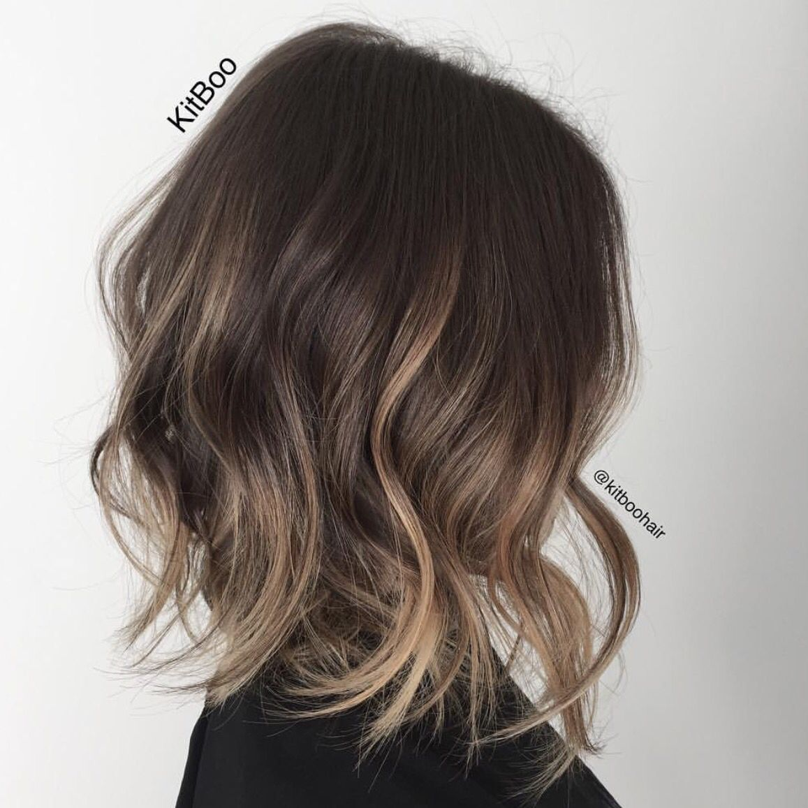 Ombre Hair Beauty In 2019 Short Permed Hair Shoulder