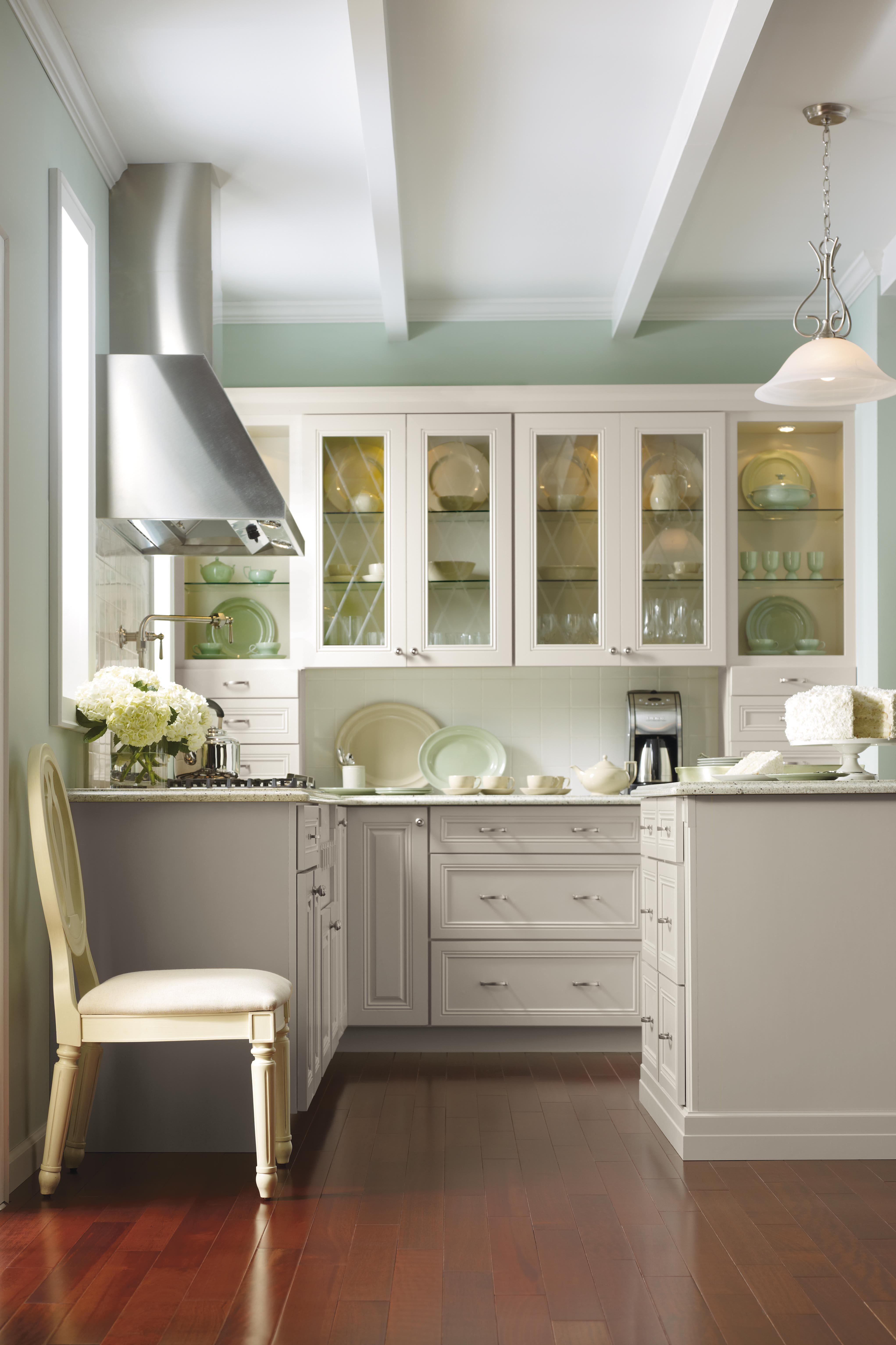 Select Your Kitchen Style Martha Stewart Living Kitchen Martha Stewart Kitchen Kitchen Design