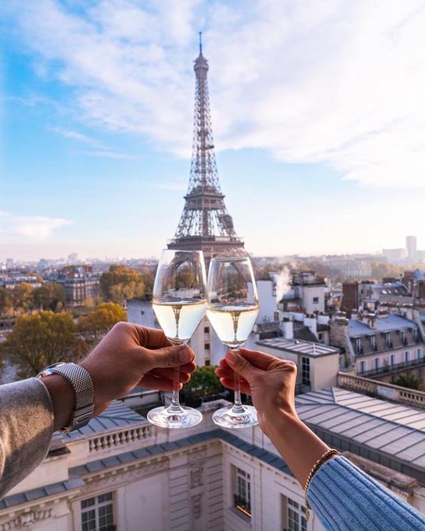 Pin By Doucet On Gone To Paris Paris Travel Photography Paris Couple Paris Tour Eiffel