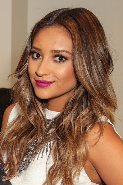 Picture Of Shay Mitchell Balayage Hair Hair Colorist Professional Hairstyles