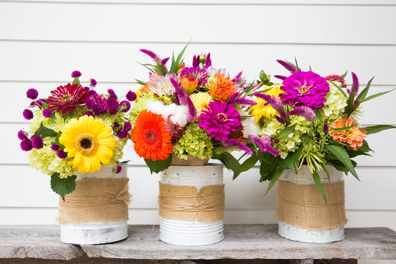 Bright fall garden flowers make beautiful bouquets! Gerbera daisies, zinnias, celosia, hydrangea, gomphrena