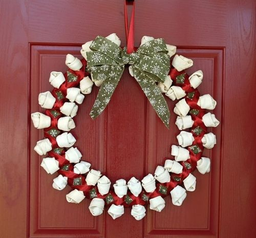 Rawhide dog bone wreath. Yup. (With images) Dog