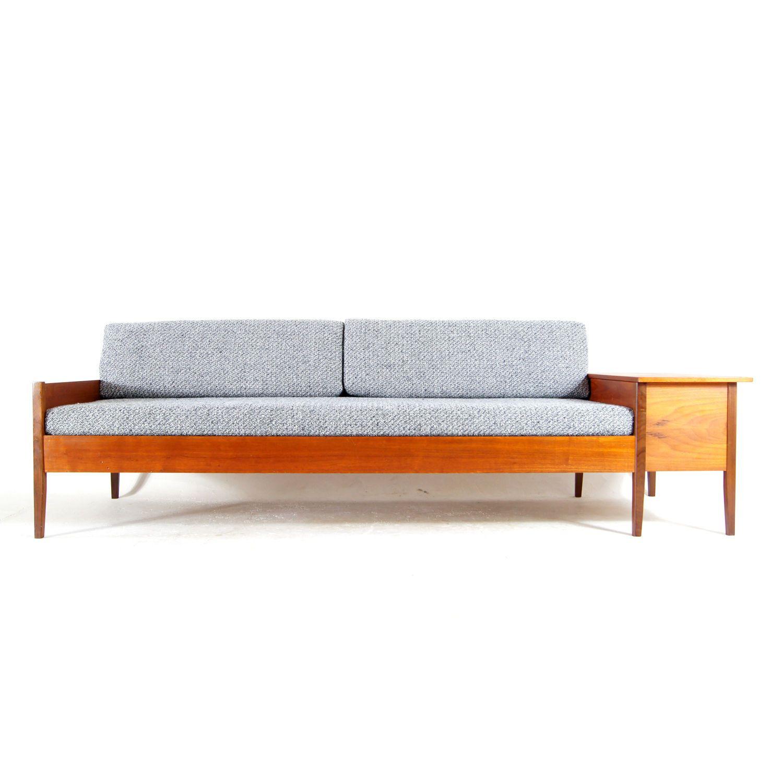 Retro Vintage Danish Modern Teak Daybed Bench Sofa Day Bed ...