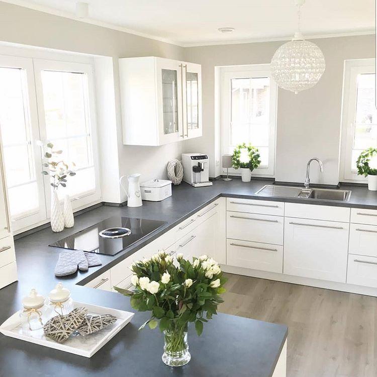 Credit Interiorbyfrida Interior Interiordecor Inspire Me Home Decor Interiordesign Deko Tisch Haus Kuchen Wohnung Kuche