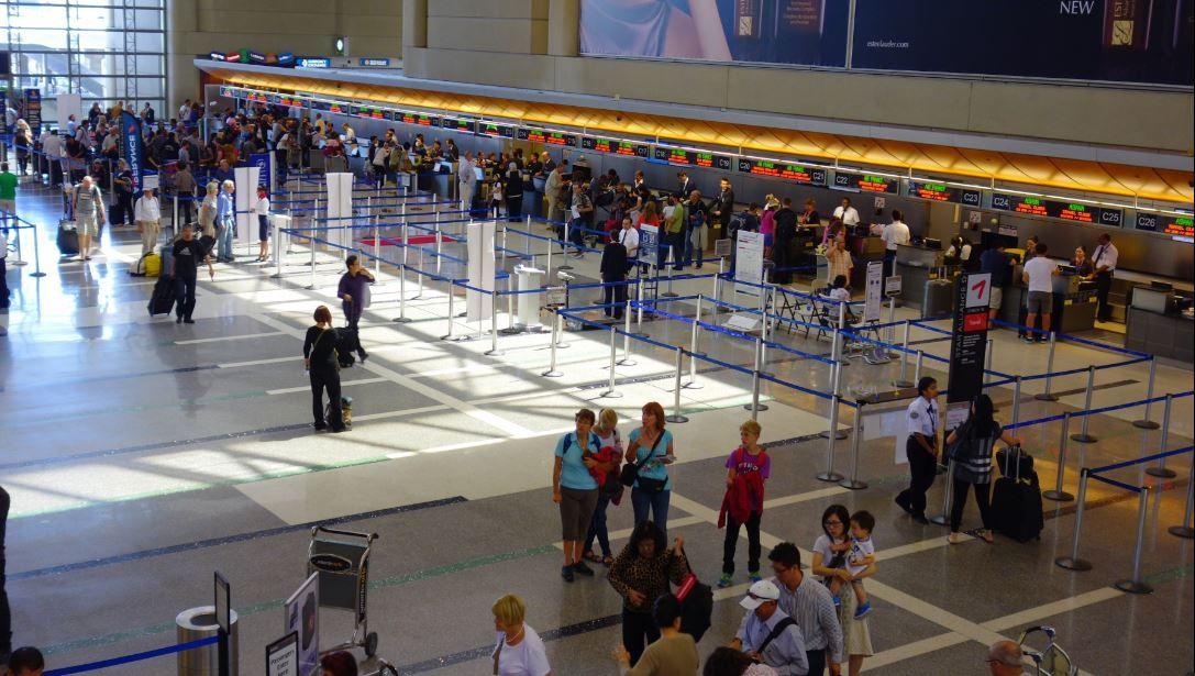 Los Angeles, California Airport Baggage Auctions, Los
