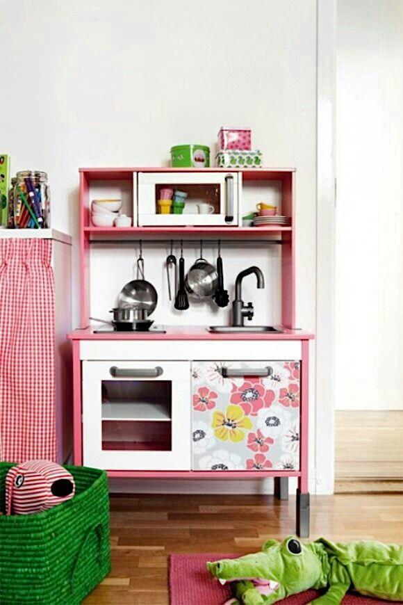 Qu os parece esta customizaci n de la cocina de ikea - Cocina infantil ikea ...