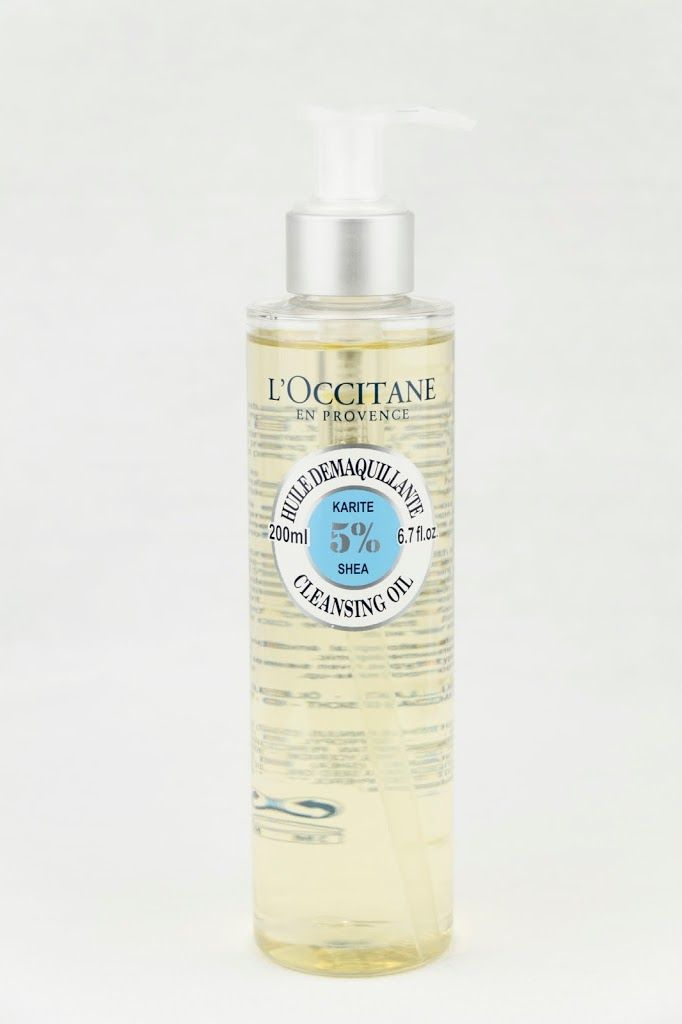 L'Occitane – Shea Cleansing Oil Perfect for daily make-up application
