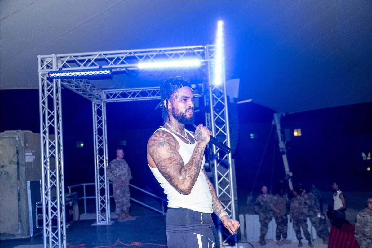 DAVE EAST PERFORMS FOR U.S. TROOPS IN QATAR ON NEW YEAR'S