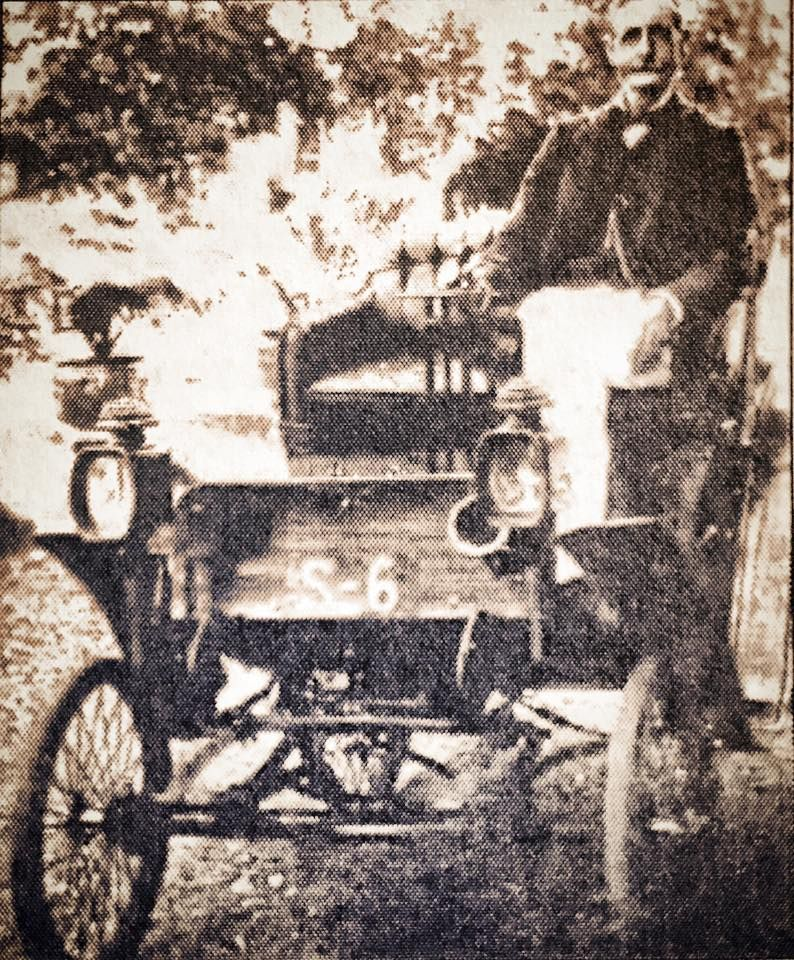 The First Car In Singapore S 6 Photo Shows Author C B Buckley Driving Singapore S First Ever Motorcar A 4 5 Horsepower Benz Rare Photos First Car History