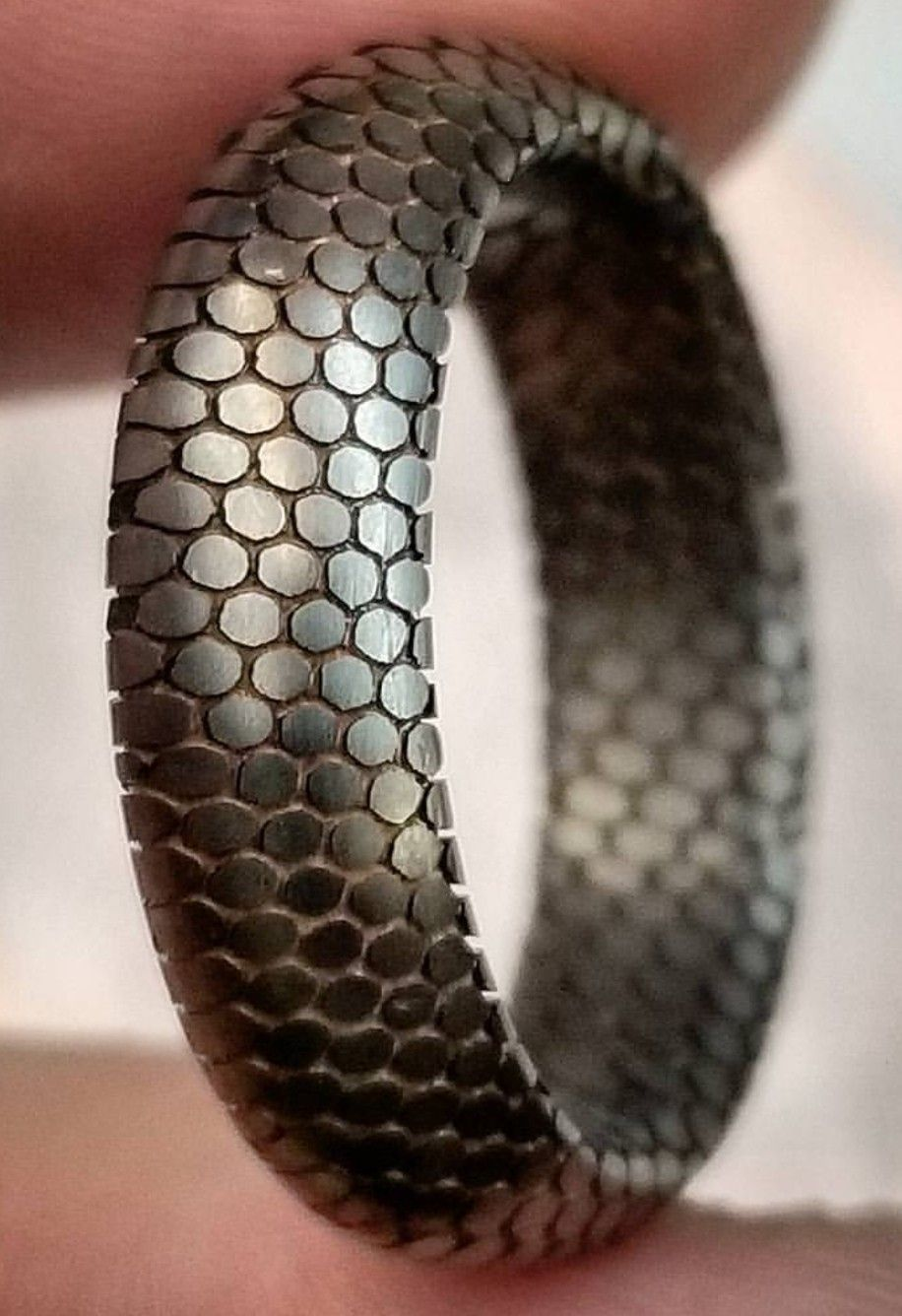 Dragon scale ring Mens jewelry, Rings for men, Jewelry