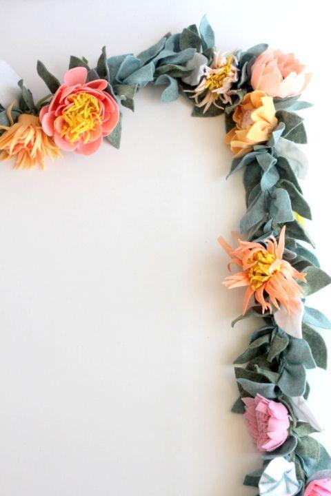 The Most Beautiful Felt Floral Garland And How To Make One Flower Garland Diy Felt Flowers Paper Flower Garlands
