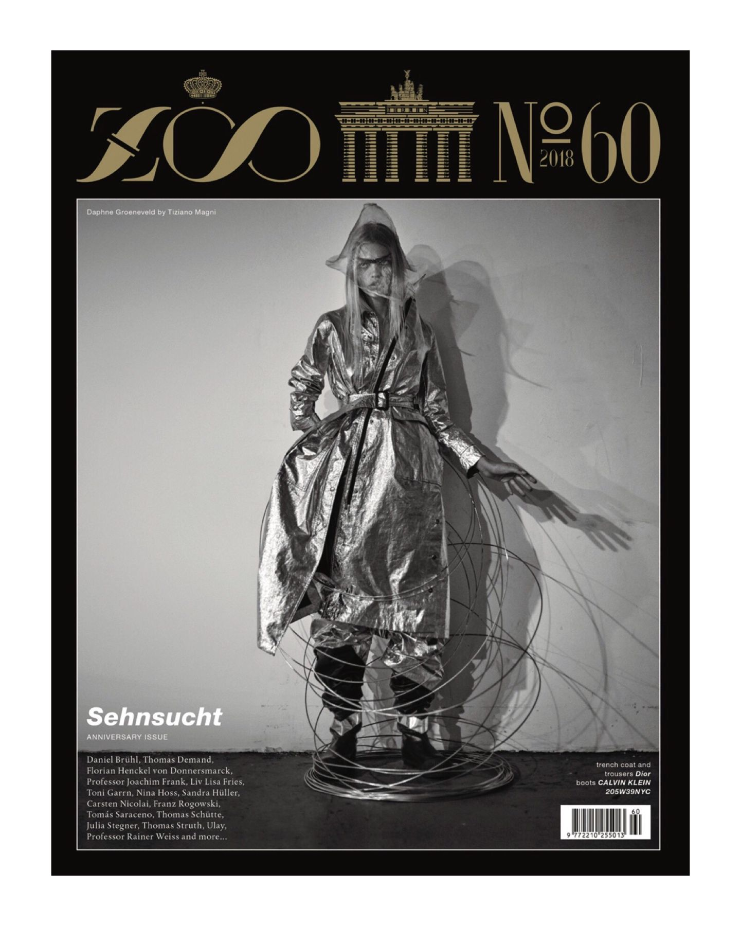 Zoo Magazine Anniversary issue 60 Photographed by Tiziano Magni 〰 Geist Ballet, a story inspired by the works of German painter, sculptor, designer and choreographer Oskar Schlemmer | Photography @Tizianomagni | For @zoomagazine | Model @daphnegroeneveld | Wearing @irisvanherpen | Makeup @therealistdotti | Styling @joannesblades | Hair @robeauhair | Post @velem @milk | #zoomagazineanniversaryissue60 #oskarschlemmer #dior #irisvanherpen