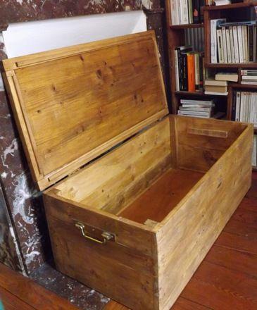 Coffre malle en bois de palettes recyclées : Meubles et rangements ...