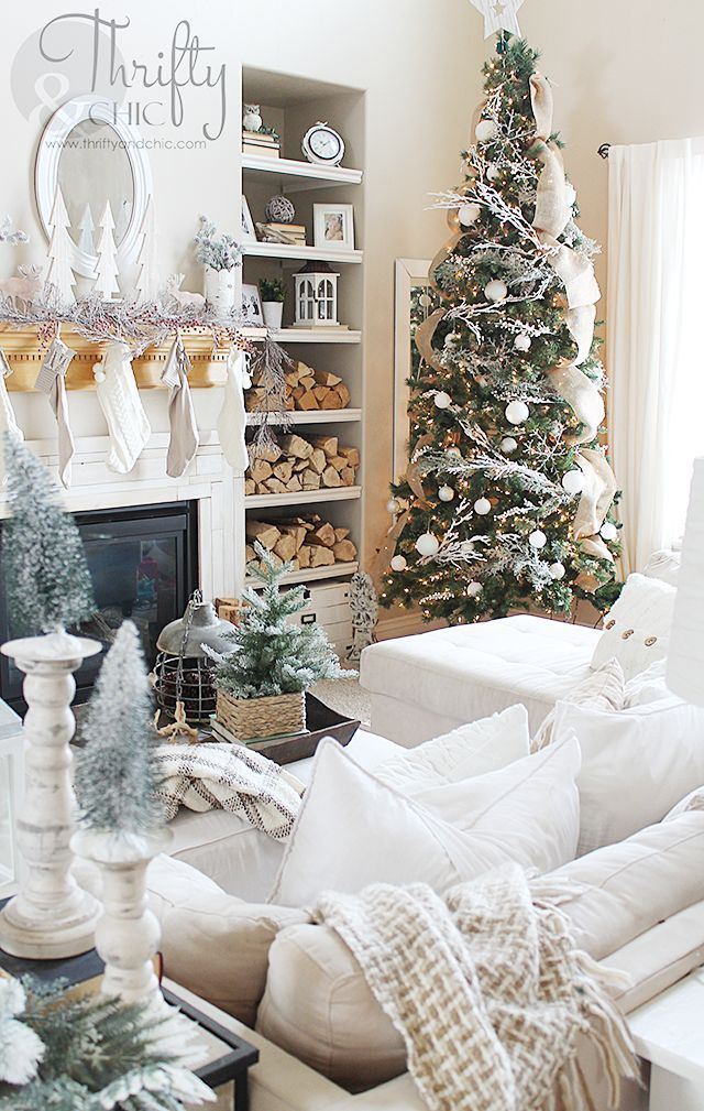 Farmhouse Christmas Living Room And Dining Room Tour Chic Christmas Decor Christmas Living Rooms Christmas Decorations Living Room