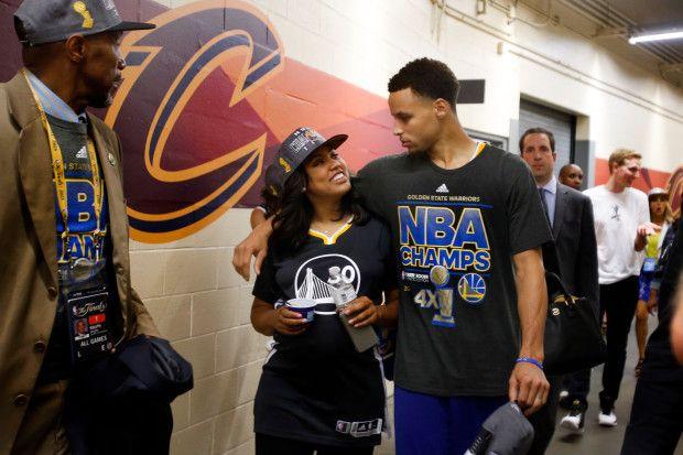 Stephen Curry \u0026 Ayesha: How Warriors