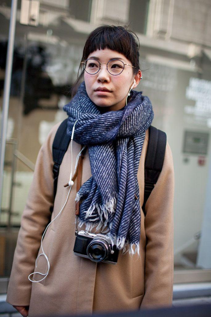 London Fashion Week Street Style Fall 2016 • Minimal . / Visual .