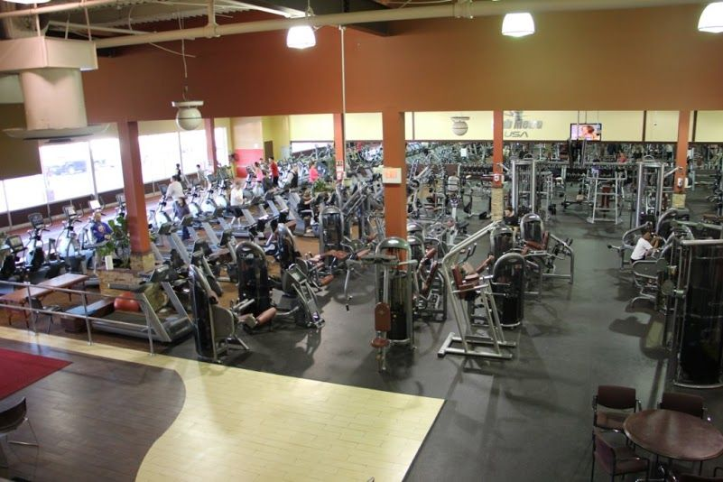 Club Metro Usa On County Road 516 In Old Bridge Township Nj Is Now Featured In Google Business View Click Through Any Of The Old Bridge Google Business Olds