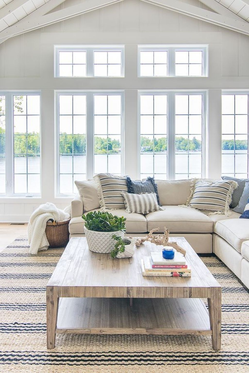 Unique Lake House Decorating Ideas 06 Farm House Living Room