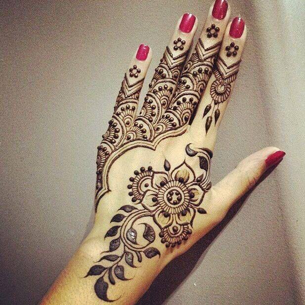 Pretty Henna Designs: Difficult Henna Design #henna #design #pretty #mehndi