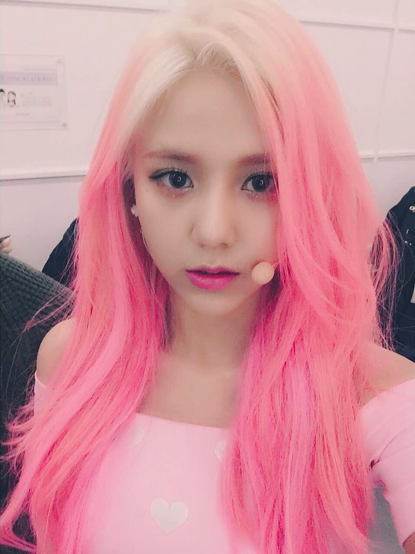 Aoa Hyejeong Pink Hair Aoa Cream- Im Jelly  Pink Hair -2807