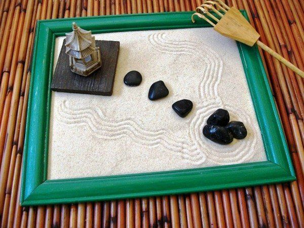 Diy Tabletop Zen Garden Ideas Picture Frame Stones Rocks Sand Zen Rock Garden Zen Garden Zen Rock