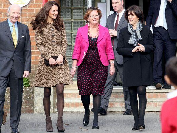 Kate Middleton Photo - Kate Middleton Visits Rose Hill School 7