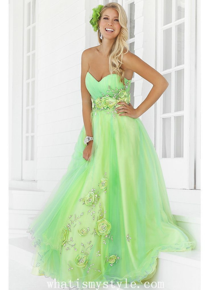 Green Wedding Dress Unique Tulle Sweetheart Neckline Flowers Ball Gown Prom