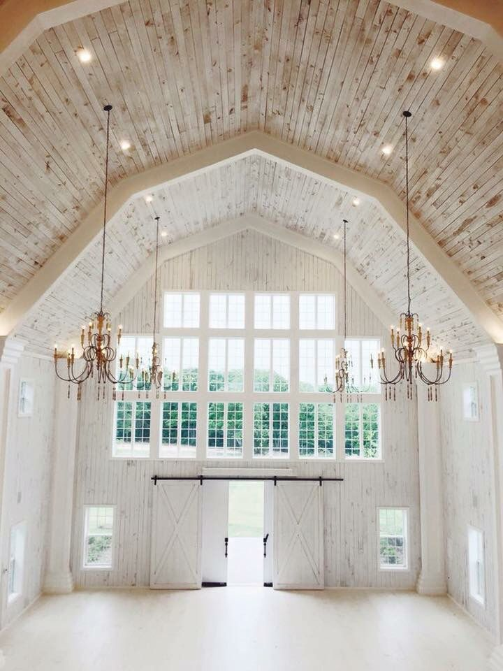 Such A Beautiful Elegant White Barn Wedding Venue Home Etc Barn Interior House House Design
