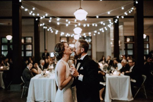 Lovely Vintage Wedding At The Houston Heights Fire Station