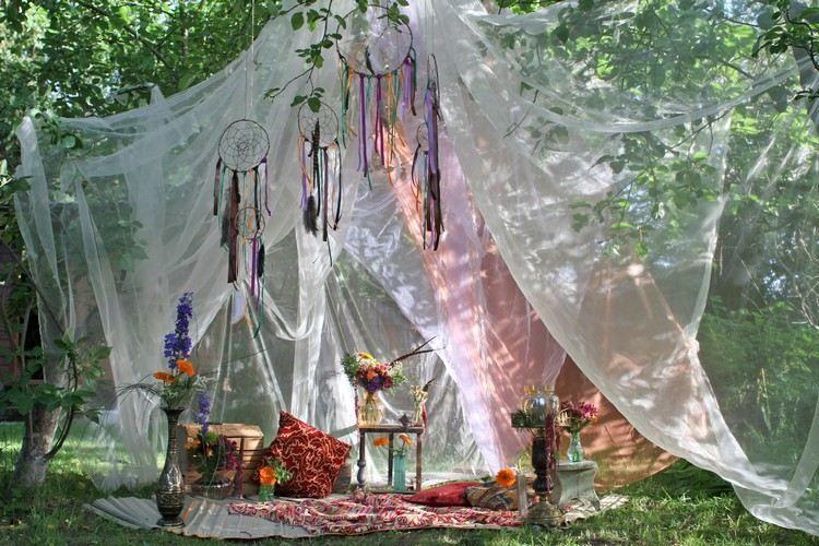 d co mariage boh me chic avec tipi indien voilages. Black Bedroom Furniture Sets. Home Design Ideas