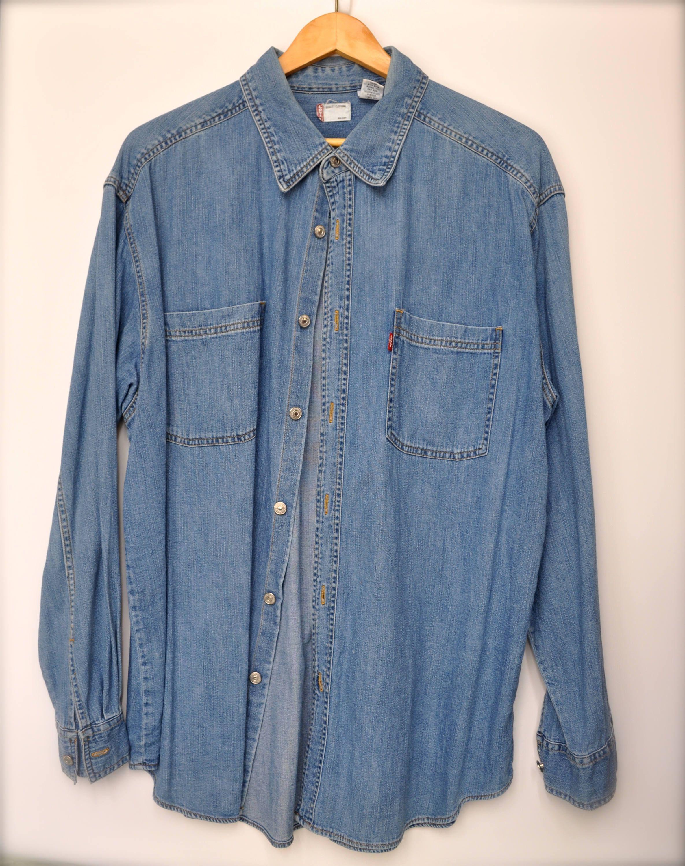 cfe74175e92 Vintage Levi s Denim Shirt Long Sleeve Men s Size Large by SunfaceVintage  on Etsy