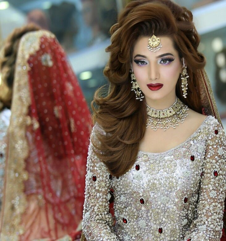 Bridal makeup n hairstyling by kashif aslam at Kashee's