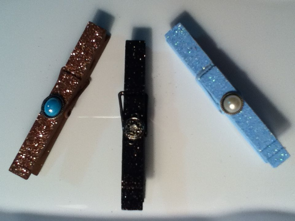 glitter clothespin magnets-created by JLSZ