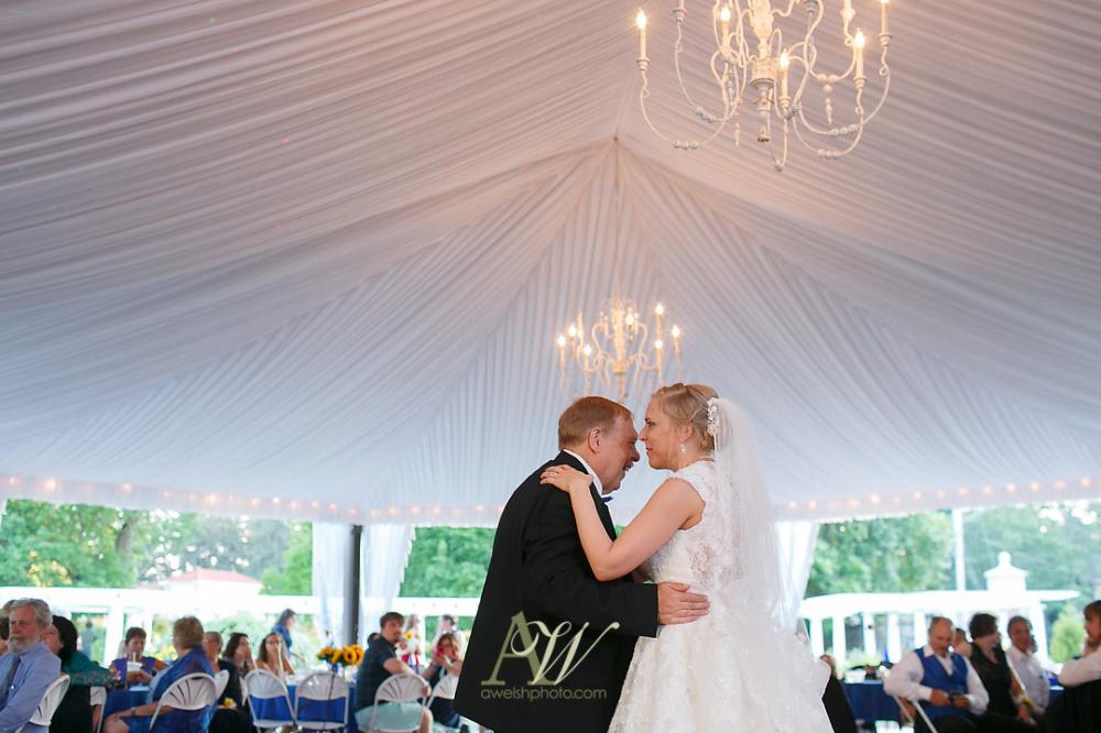 Mandy Eric S Sonnenberg Garden Wedding Rochester Ny Wedding Photography Andrew Welsh Photography In 2020 Ny Wedding Photography Ny Wedding Wedding