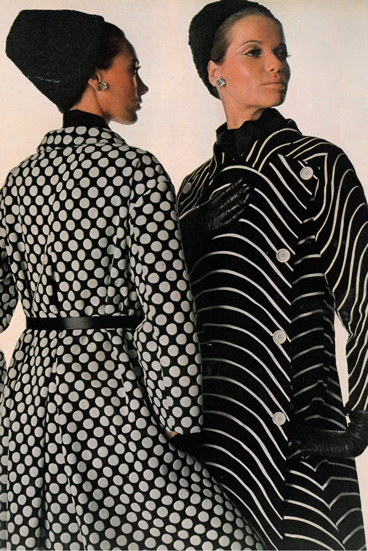Marisa Berenson and Veruschka, photographed by Irving Penn, Vogue US 1965