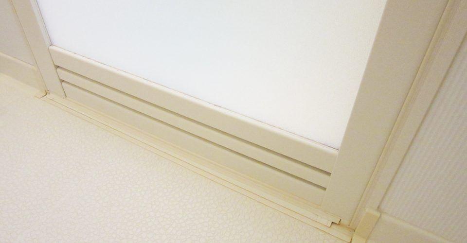 浴室のゴムパッキンに生えたカビを落とす 家事 ノロ ハイター